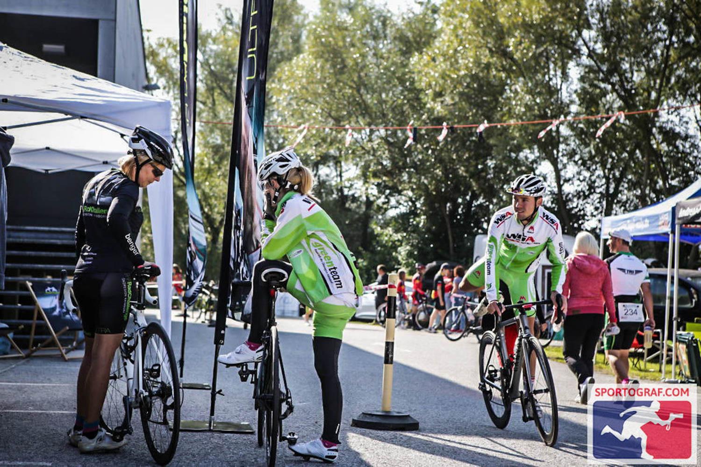 Anja, Sandro und Ingrid vor dem Rennen, Hitzendorf
