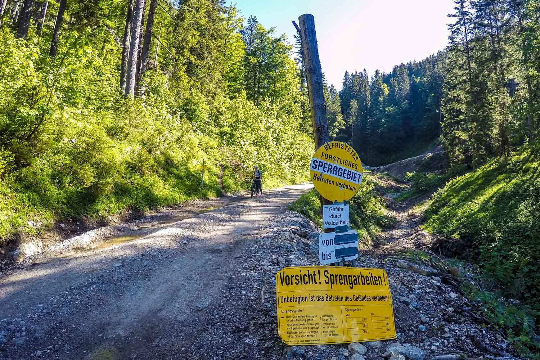 Sperrgebiet durch Holzarbeiten, Mariazell 2.0
